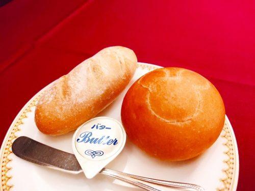 バゲットとパン1